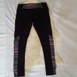 MPG exercise leggings size L.